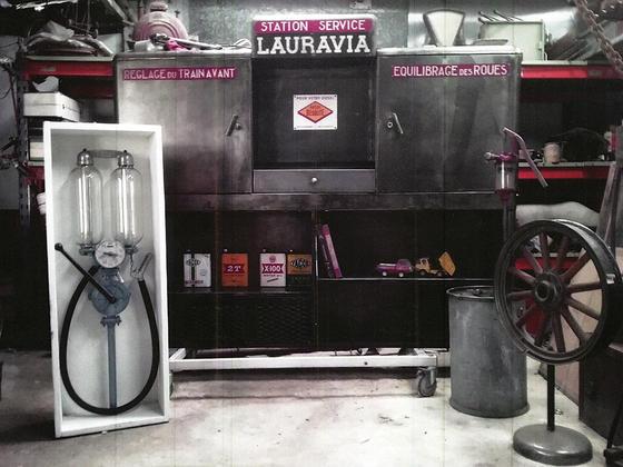 Meuble d\'atelier 950 € - pompe essence 380 € Occasion collection LVA ...